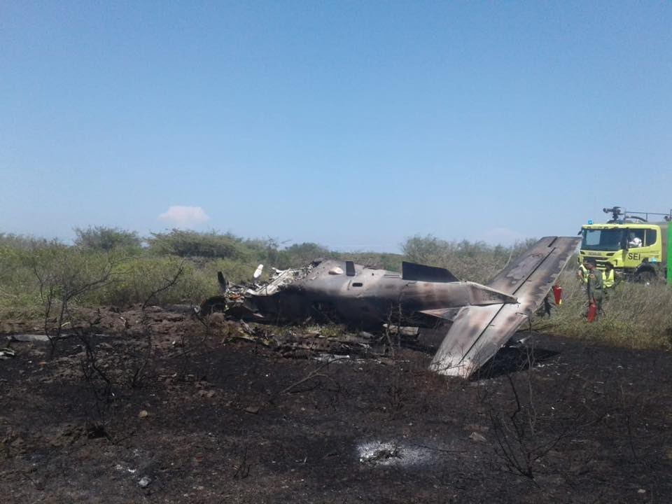 Accidentes de Aeronaves de la  FAM. Noticias,comentarios,fotos,videos.  - Página 20 BEECHCRAFT-T-6C-TEXAN-FUERZA-AEREA-MEXICANA-01